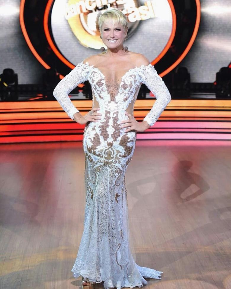 xuxa veste Patricia Nascimento no Dancing Brazil